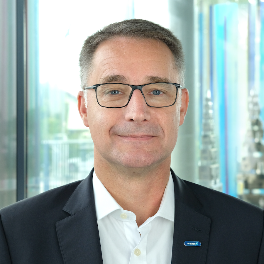 INDUSTRY.forward Summit 2020-Speaker – Dr. Kurt D. Bettenhausen, Schunk