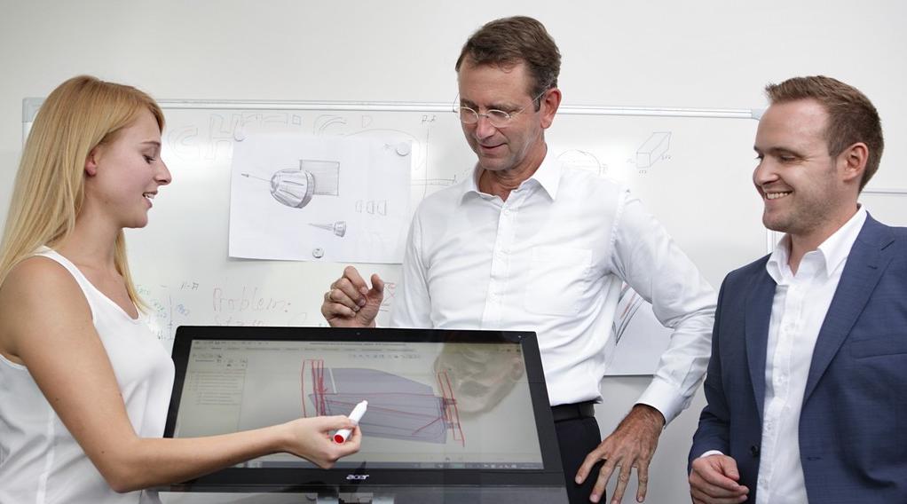 """Interview mit Elektroauto-Visionär Prof. Dr. Günther Schuh – """"Mein  Rat:  Wir  sind  das  Land  der  Netzwerke"""""""