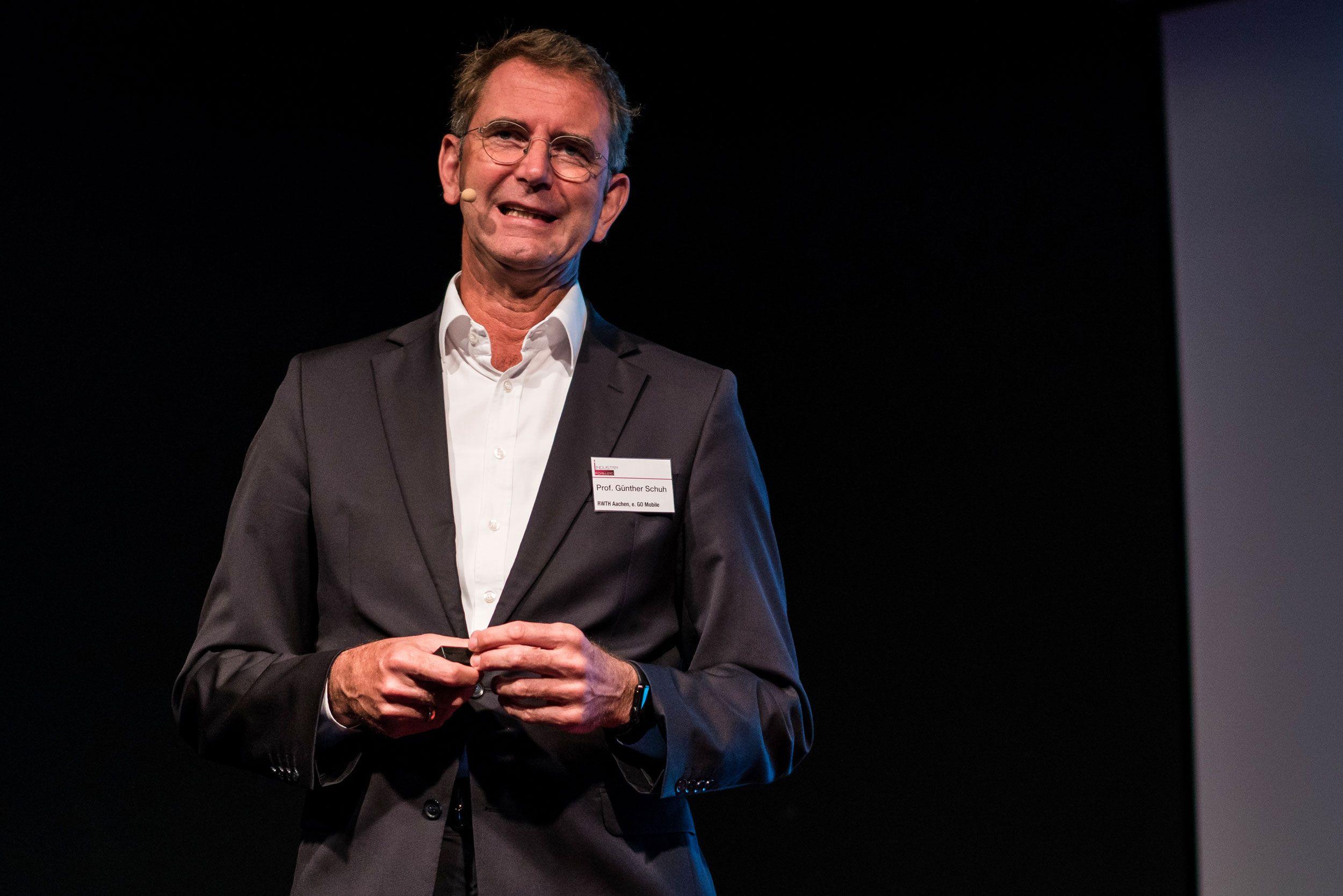 Prof. Dr.-Ing. Günther Schuh (RWTH & e.GO Mobile): Die Geschichte hinter dem E-Transporter der Post